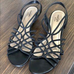 Women's sandals size 9.5